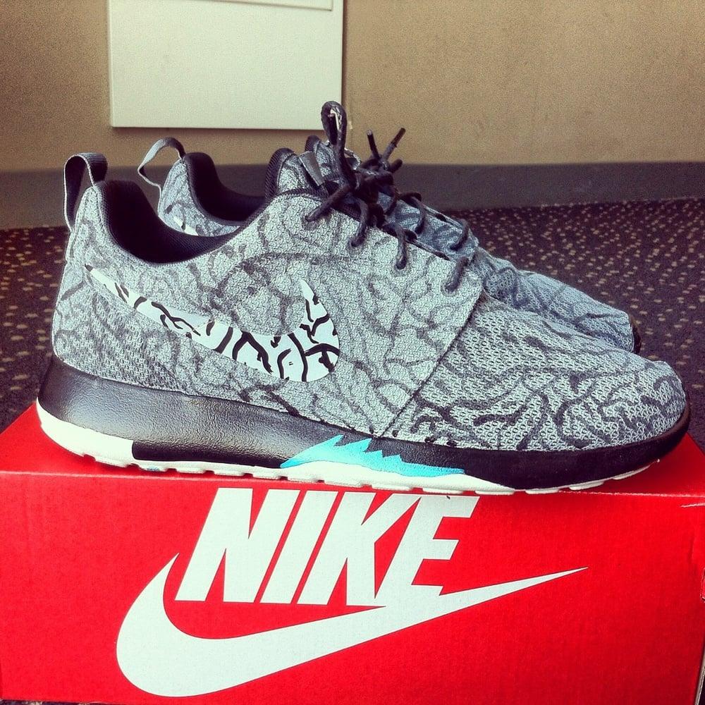 49a441e9e326 Nike Roshe Run  3LabRoshe  Custom