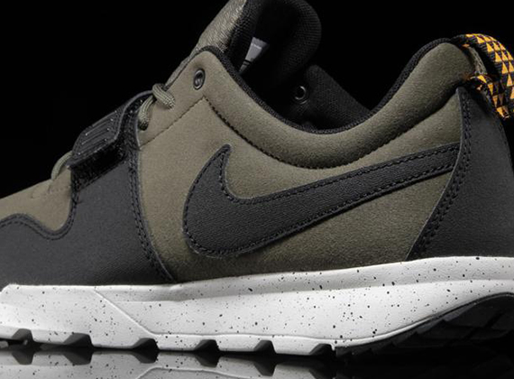 Nike SB Trainerendor Olive Now Available