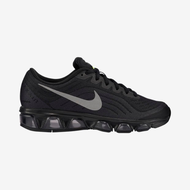 nike-wmns-black-reflective-silver-dark-grey-volt-now-available-1