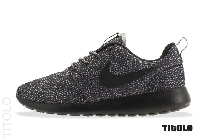 nike-wmns-roshe-run-pebble-cool-grey-black-wolf-grey-volt-1