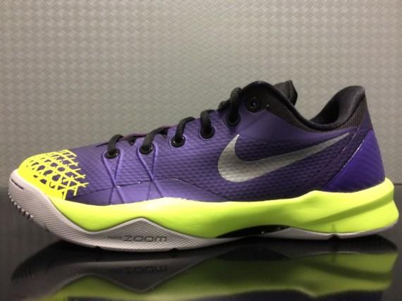 Nike Zoom Kobe Venomenon 4 Purple Volt