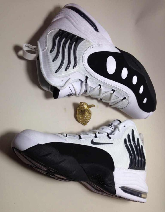 Nike Zoom Sonic Flight White Black