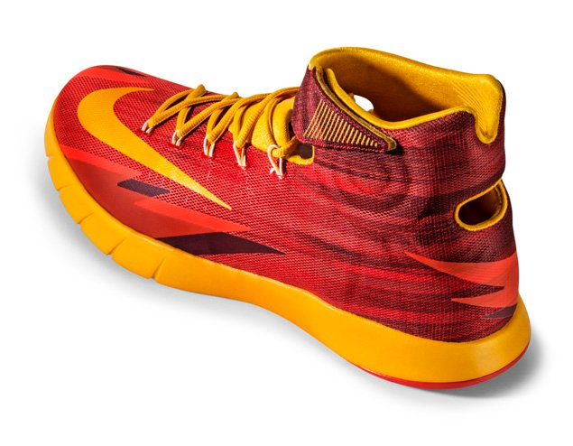 release-reminder-nike-zoom-hyperrev-light-crimson-university-gold-team-red-2