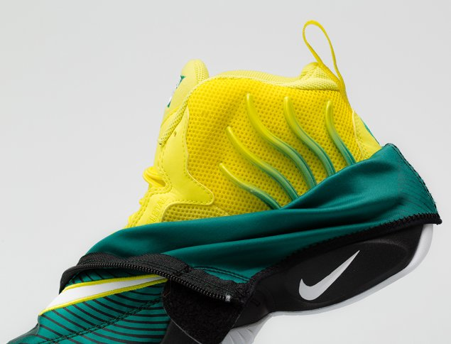 sole-collector-nike-air-zoom-flight-the-glove-legion-pine-tour-yellow-official-images-9