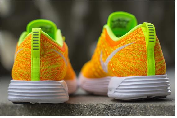 Nike WMNS Lunar Flyknit Trainer Total Orange/Volt - More Detailed Pics