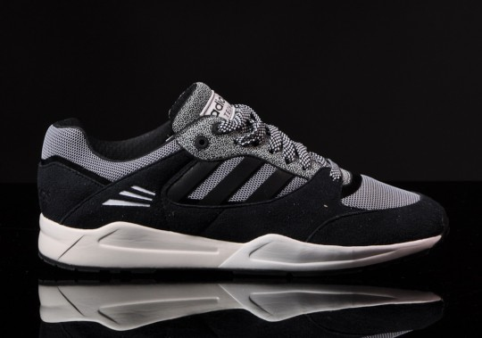 Adidas Tech Super Black