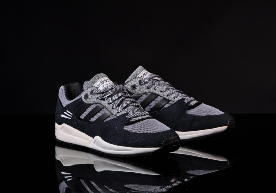 adidas-tech-super-black-running-white-3