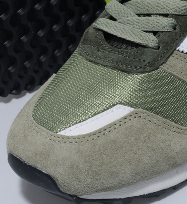adidas-zx-700-tent-green-white-4