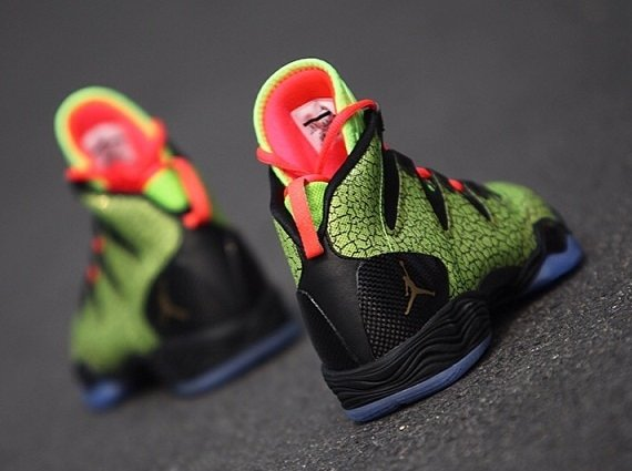 Air Jordan XX8 SE Green Cracked Pavement