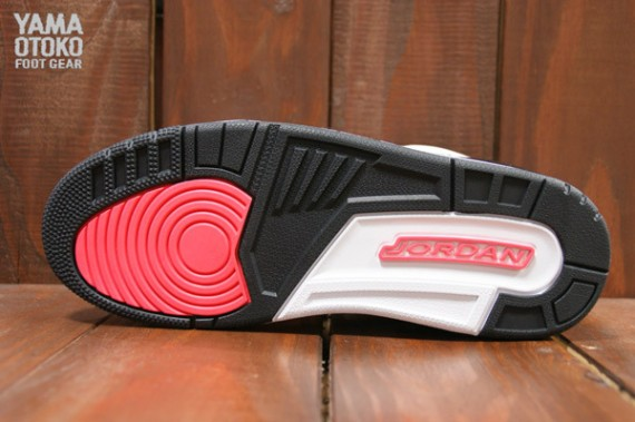 Air Jordan 3 Retro Cement Grey Yet Another Look