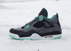 Air Jordan IV (4) 'Python Green Glow' Custom | A Closer Look