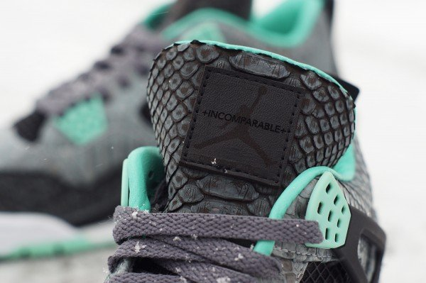 air-jordan-iv-4-green-glow-custom-a-closer-look-4