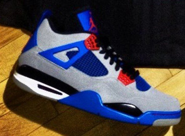 air-jordan-iv-4-grey-blue-red-unreleased-sample-1
