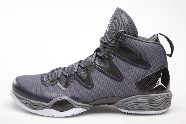 air-jordan-xx8-se-dark-grey-white-black-cool-grey-official-images-1