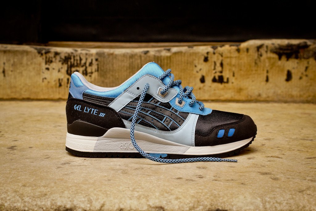 asics-gel-lyte-iii-black-carolina-blue-global-exclusive-reissue-2