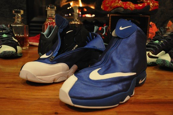 0940250914b7e0 Nike Air Zoom Flight The Glove Royal Black White Another Quick Look low-cost