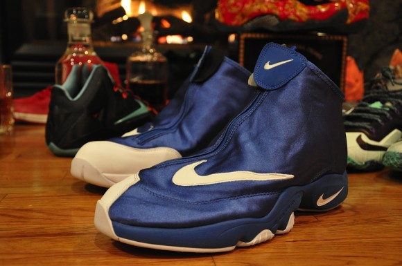 Nike Air Zoom Flight The Glove Royal Black White Another Quick Look