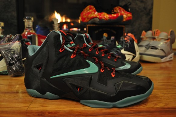 Nike LeBron 11 Black Blue Red Another Quick Look