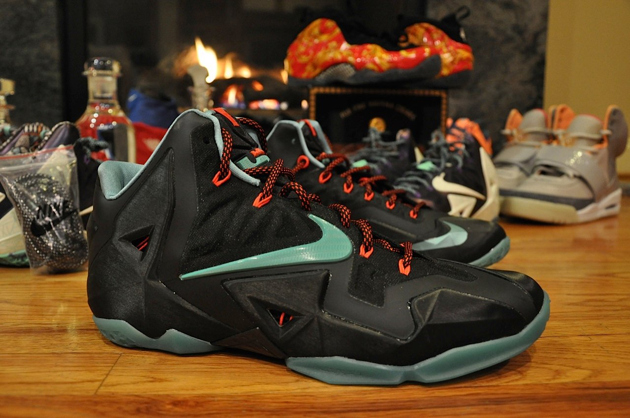 c7743d0066156b Nike LeBron 11 – Black – Blue – Red – Another Quick Look