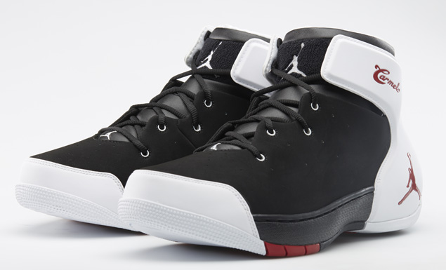 jordan-melo-1.5-black-gym-red-white-official-images-1
