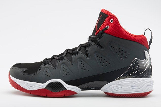 jordan-melo-m10-black-white-anthracite-gym-red-official-images-2