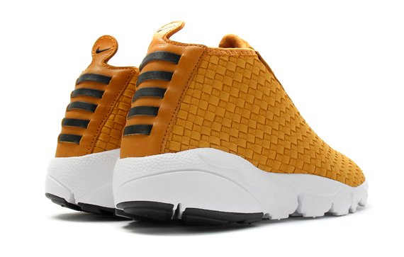 nike-air-footscape-desert-chukka-qs-pack-15