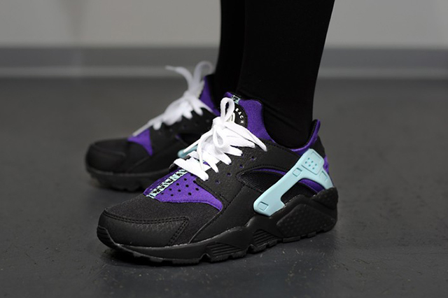 nike-air-huarache-black-white-court-purple-1