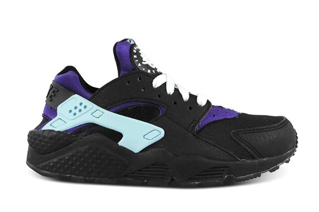 nike-air-huarache-black-white-court-purple-2