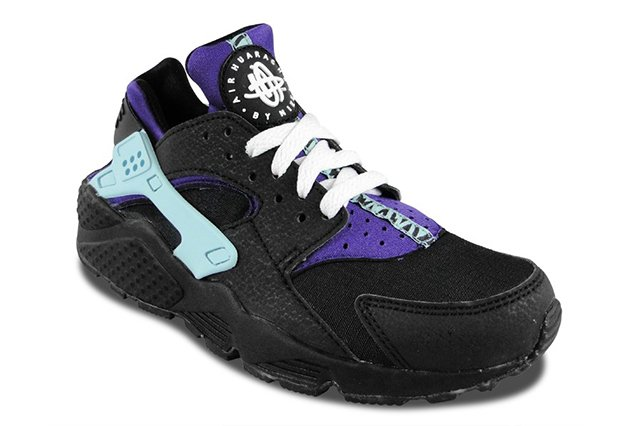 nike-air-huarache-black-white-court-purple-3