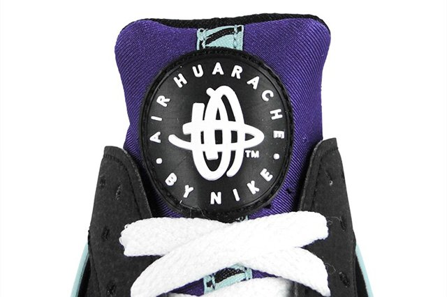 nike-air-huarache-black-white-court-purple-4