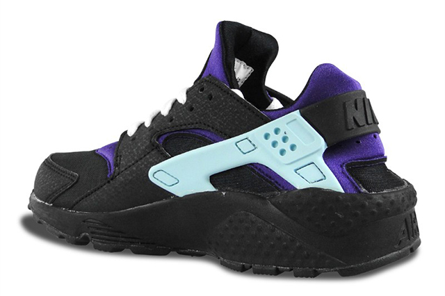 nike-air-huarache-black-white-court-purple-5