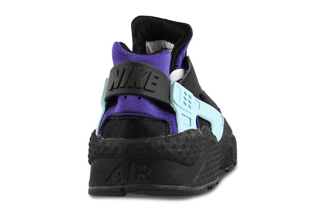 nike-air-huarache-black-white-court-purple-6