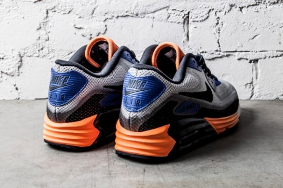 nike-air-max-lunar-90-game-royal-2-e1390985199524.jpg