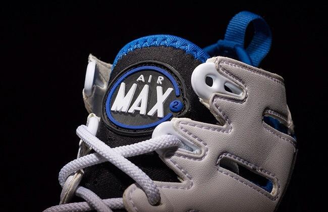 nike-air-trainer-max-2-94-white-black-treasure-blue-1