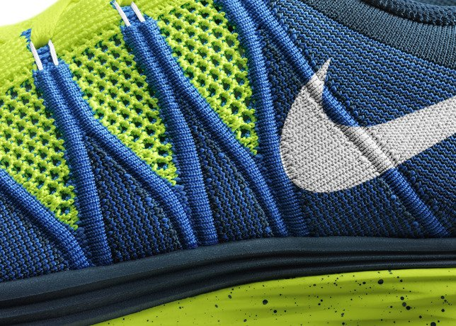 nike-flyknit-lunar-2-officially-unveiled-11