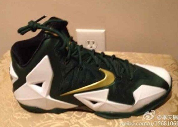 huge discount 89e59 b7b3a Nike LeBron 11 SVSM Home PE