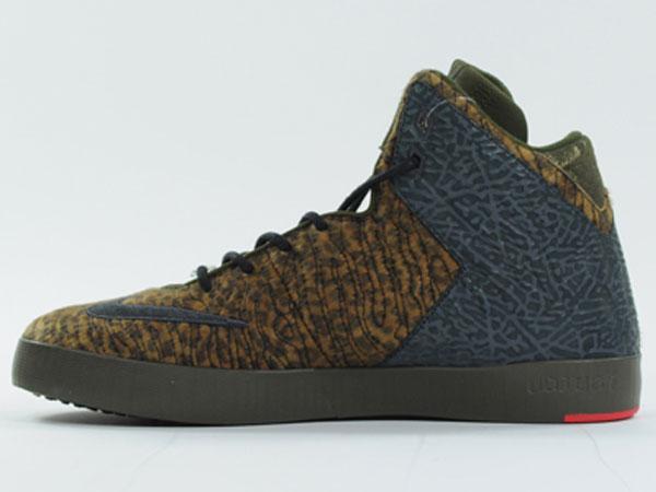 nike-lebron-xi-11-nsw-lifestyle-leopard-3