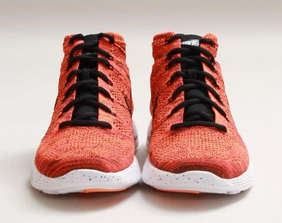 Nike Lunar Flyknit Chukka Bright Crimson Release Date