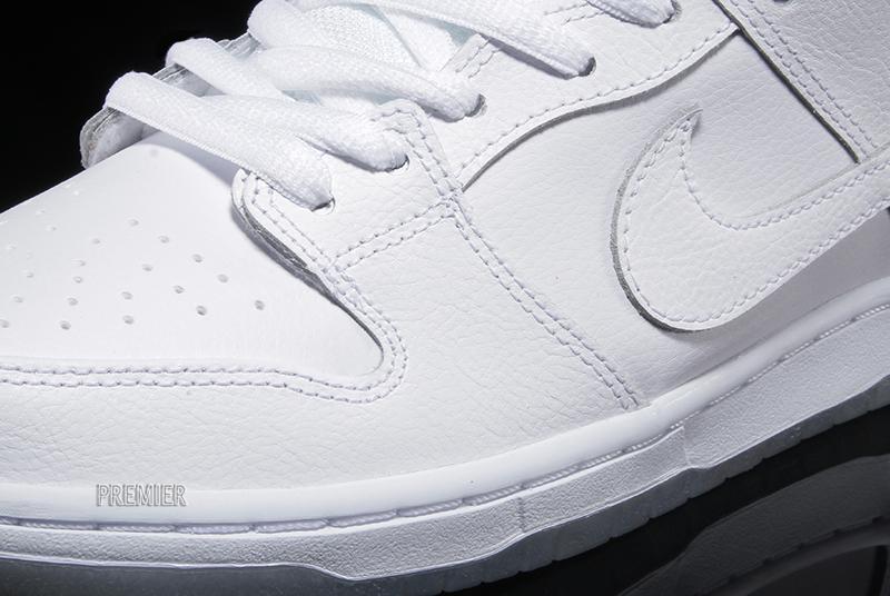 nike-sb-dunk-low-pro-white-light-base-grey-white-3