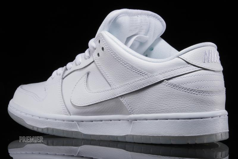 nike-sb-dunk-low-pro-white-light-base-grey-white-4