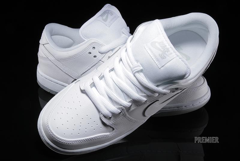 305ccdc8ec43 Nike SB Dunk Low Pro  White Light Base Grey-White