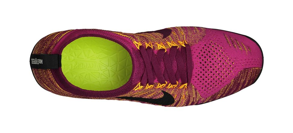 nike-wmns-free-hyperfeel-fireberry-black-raspberry-red-laser-orange-now-available-2