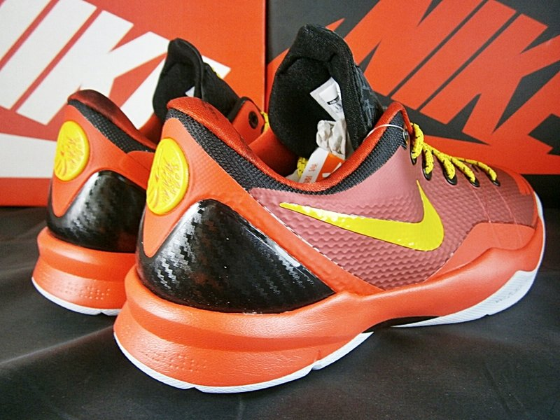 best website af00f 99a1d Nike Zoom Kobe Venomenon 4  Year of the Horse    Release Date + Info