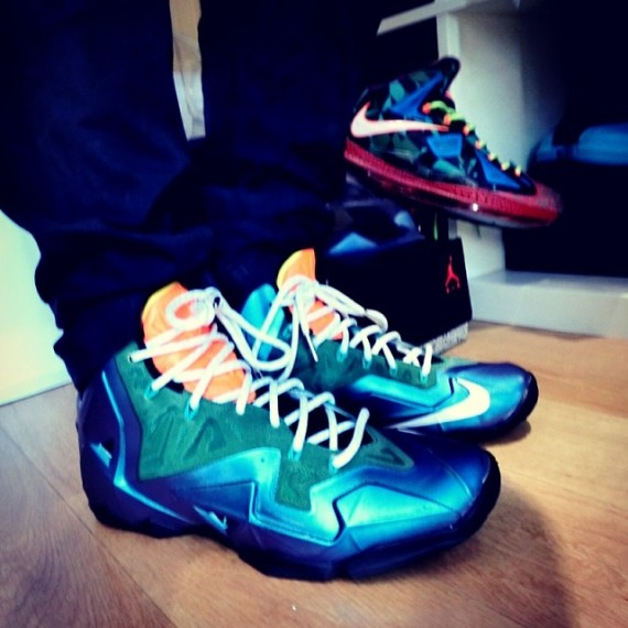 Nike LeBron 11 Swooshless Sample