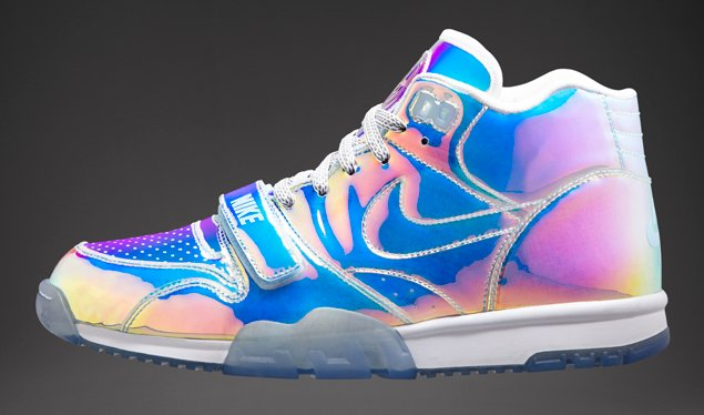 release-reminder-nike-air-trainer-1-prm-qs-nike-knows-2