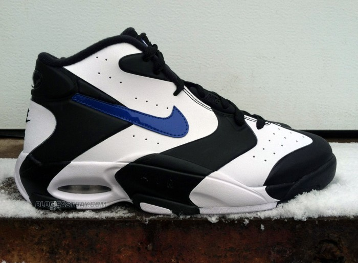 release-reminder-nike-air-up-black-game-royal-white-1