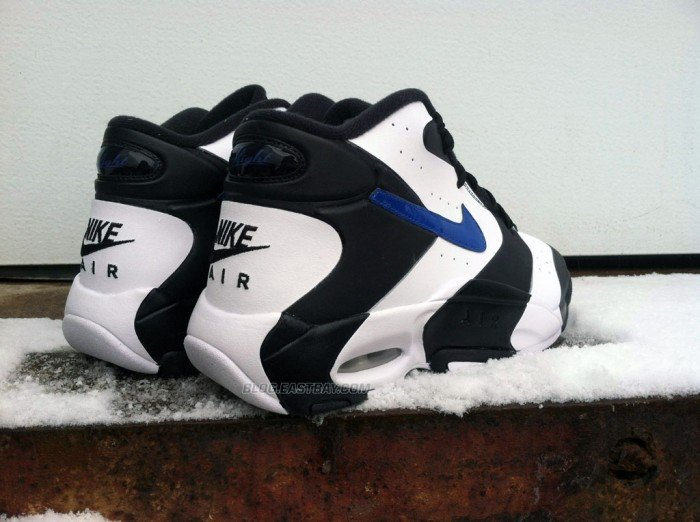 release-reminder-nike-air-up-black-game-royal-white-2