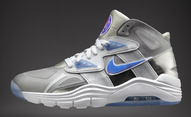 bead26a1cd52 cheap Release Reminder Nike Lunar 180 Trainer SC PRM QS Nike Knows ...