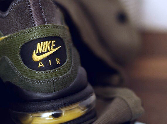 Size? x Nike Air Max 93 Army and Navy Teaser