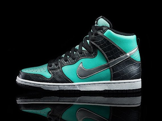 Nicky Diamonds Officially Unveils the Nike SB Dunk High Tiffany